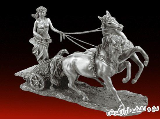 نخ و نقشه آماده بافت تابلو فرش طرح تندیس گاری یا دختر اسب سوار - کد 3439
